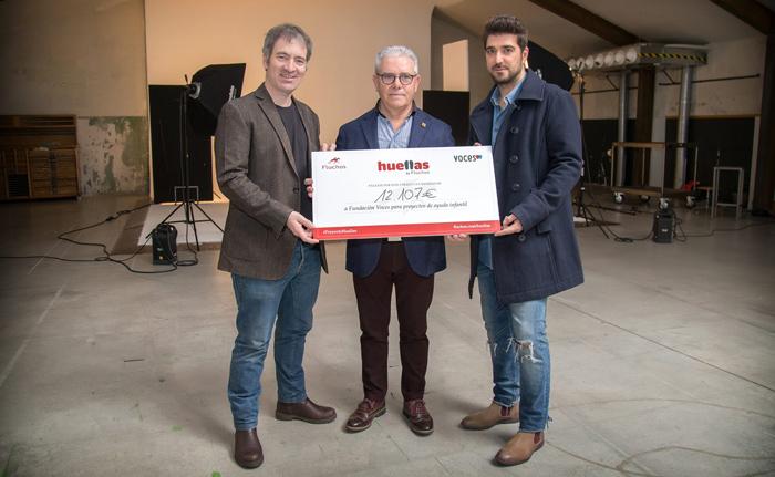 donacion-2014-Orozco-Fundacion-Voces-Proyecto-Huellas